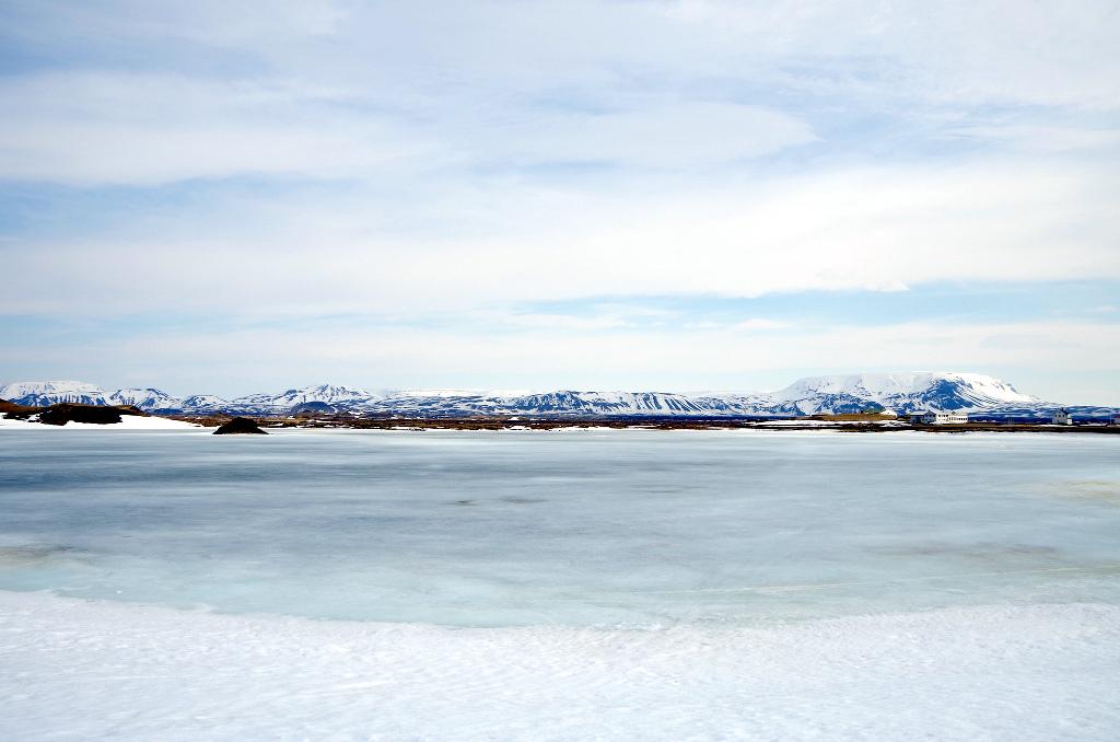ミーヴァトン湖